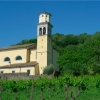 Vini Zorzon - Kirche bei Tag