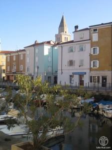 Blick auf Hafen von Muggia